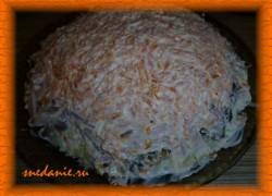 Салат с шампиньонами и карбонатом