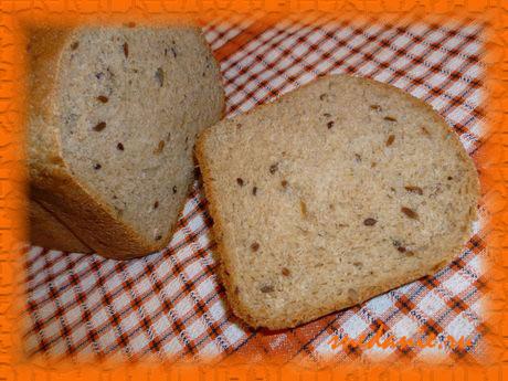 Пшенично-ржаной хлеб с семечками в хлебопечке - рецепт с фото