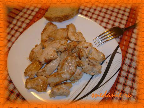 Сочная жареная куриная грудка на сковороде с соевым соусом - рецепт с фото